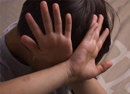 العنف ضد الأطفال..الجزء - 2 - do.php?img=49845