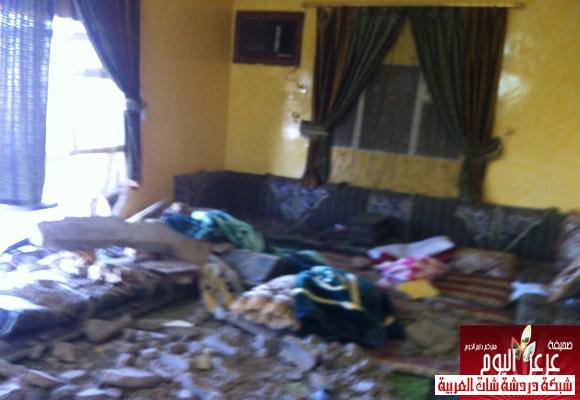 نجاة عائلة داخل منزلها بعرعر بعد قيام متهور بصدم سور المنزل 13388779775.jpg