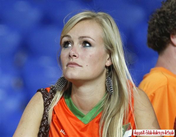 اجمل مشجعات يورو 2012 13411440961.jpg