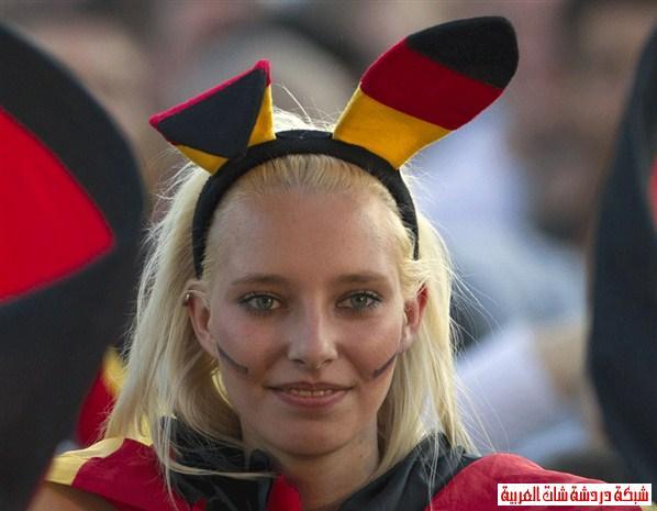 اجمل مشجعات يورو 2012 13411440964.jpg