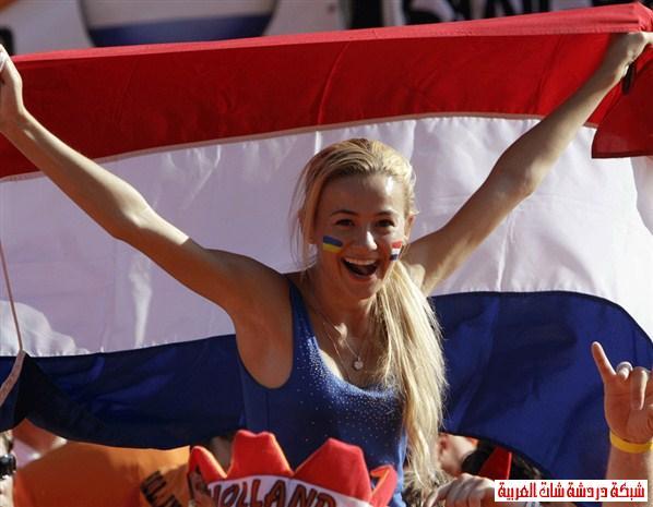 اجمل مشجعات يورو 2012 13411440965.jpg