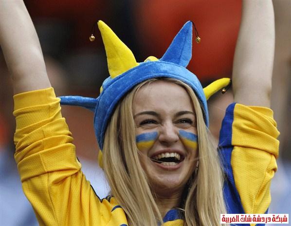 اجمل مشجعات يورو 2012 13411479384.jpg