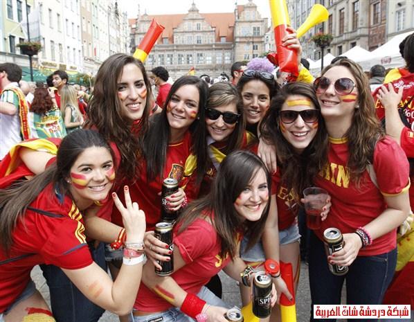 اجمل مشجعات يورو 2012 13411482075.jpg
