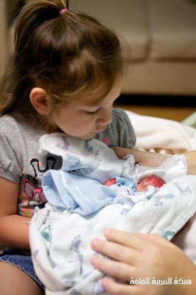 جنين بعمر 4 أشهر يعيش لمدة دقائق و يحرك قلوب الملايين 13743303414.png