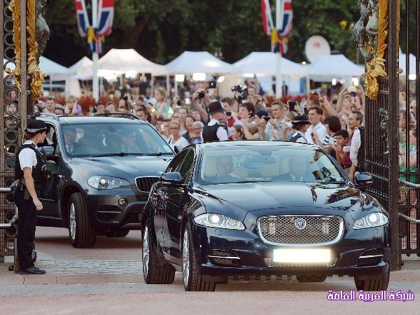 بالصور كيف استقبل البريطانيون المولود الملكي الجديد 13745982992.jpg
