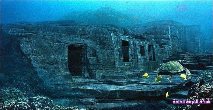 أعظم الإكتشافات في تاريخ الآثار الأهرامات تحت الماء في اليابان 1385227391541.jpg
