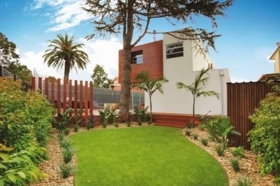منزل فاخر من 3 طوابق بتصميم عصري مدهش 1393373515481.jpg