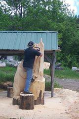 منحوتات خشبية غاية في الدقة والبراعة 1404133897111.jpg