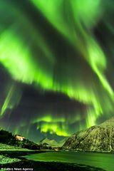 الشفق القطبي المذهل 1405206203391.jpg