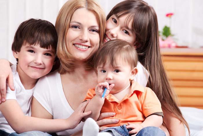 خطوتان لتحسين علاقتك بأولادك وإقامة روابط قوية تدوم طوال العمر 1434935959081.jpg