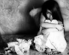 الغربة و الطفل 1435216658031.jpg