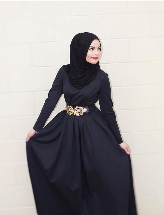 بالصور:أفكار لإرتداء الفستان الماكسي الأسود للمحجبات 1437697168452.jpg