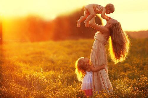 الأمومة 1437961776441.jpg