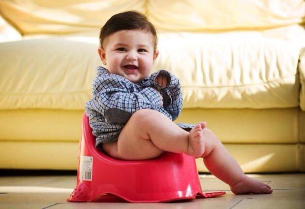 التدريب على الحمام ١ potty training 1438805407451.jpg