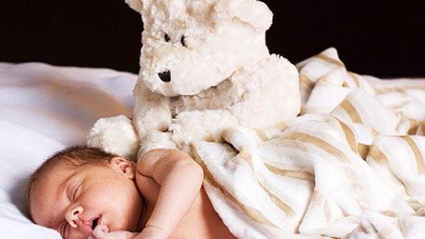 متلازمة الموت الرضيع المفاجيء  sudden infant death syndrome ( sids ) 1439218348121.jpg