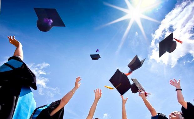 الطلاب الذين يرغبون في متابعة دراستهم في ألمانيا - اهم المواقع و المعلومات 1472466976151.jpg