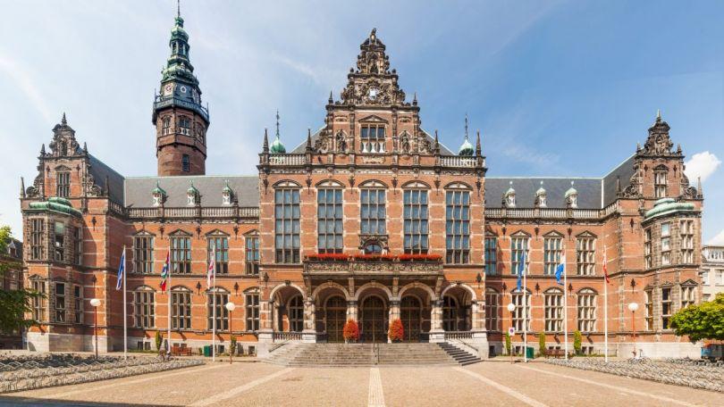 اليك اهم المنح المقدّمة من اجل الدراسة في هولندا 147323742241.jpg