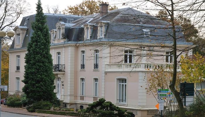 للطلاب الراغبين بدراسة هندسة الكمبيوتير في فرنسا تعرف الى افضل الجامعات 147393546811.jpg