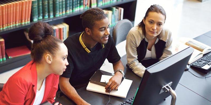 اليك بعض نصائح للتقدّم للجامعات في الولايات المتحدة الأمريكية 147461624751.jpg