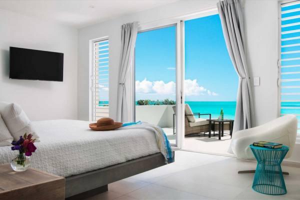 منزل فريد المياه الفيروزية الكاريبى
